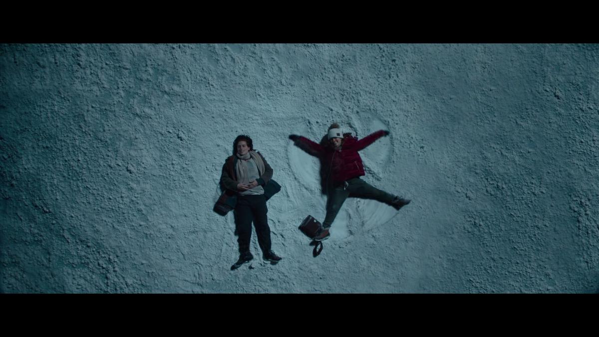 Five Feet Apart News: New Trailer For 'Five Feet Apart' Brings Haley Lu