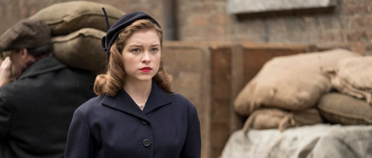 Sophie Cookson Picture 1: Judi Dench And Sophie Cookson Are 'Red Joan' In First